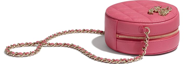 image 4 - Clutch with Chain - Grained Calfskin & Gold-Tone Metal - Pink
