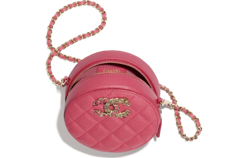 image 3 - Clutch with Chain - Grained Calfskin & Gold-Tone Metal - Pink