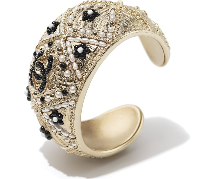 image 2 - Cuff - Metal, Cultured Fresh Water Pearls, Glass Pearls & Resin - Gold, Pearly White & Black