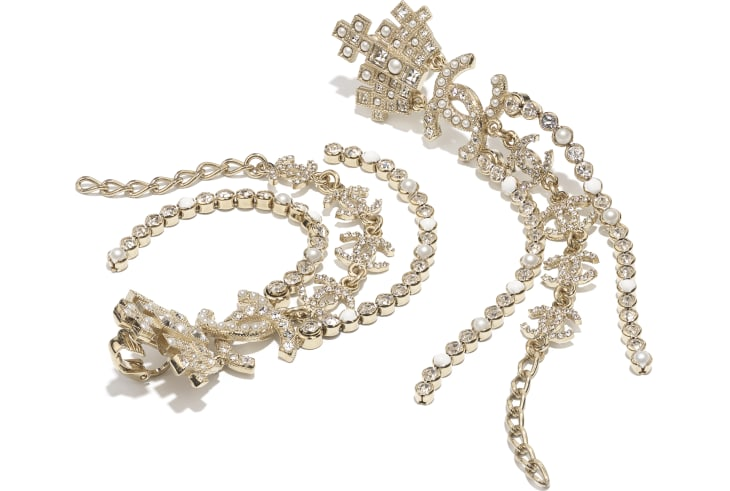 image 2 - Earrings - Metal, Glass Pearls, Resin & Strass - Gold, Pearly White, White & Crystal
