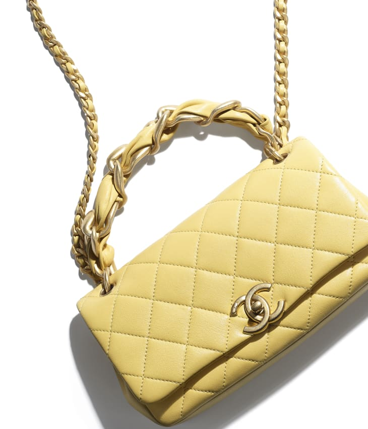 image 4 - Flap Bag - Shiny Lambskin & Gold-Tone Metal - Yellow