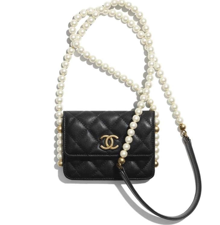image 1 - Flap Card Holder with Chain - Calfskin, Imitation Pearls & Gold-Tone Metal - Black