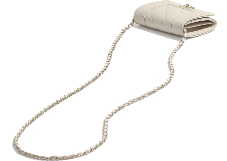 image 4 - Flap Coin Purse with Chain - Grained Lambskin, Lacquered & Gold-Tone Metal - Ecru