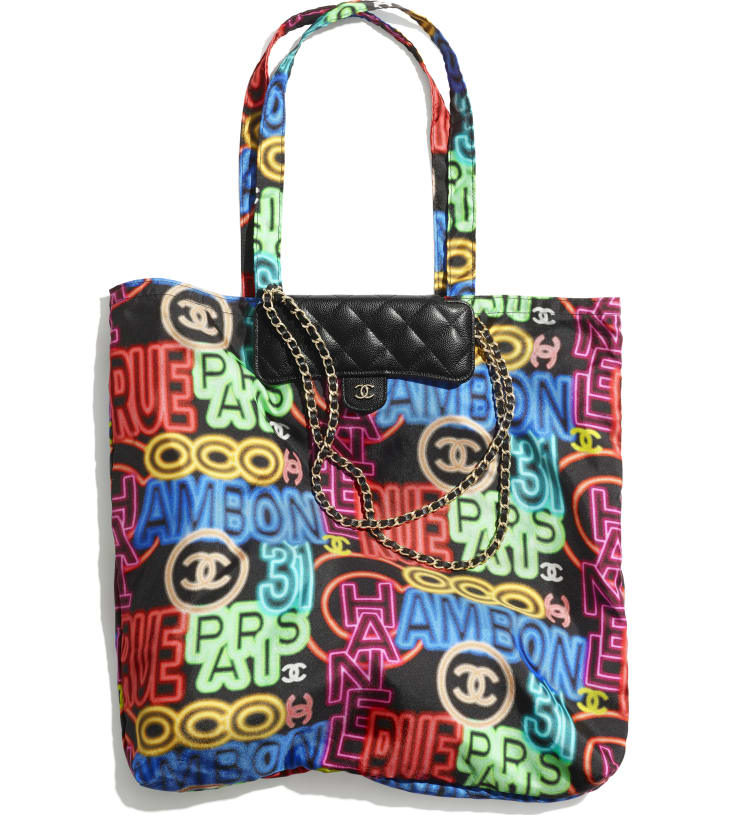 image 1 - Foldable Tote Bag with Chain - Printed Fabric, Grained Calfskin & Gold-Tone Metal - Black & Multicolor