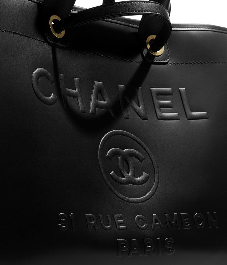 image 4 - Large Shopping Bag - Calfskin & Gold-Tone Metal - Black
