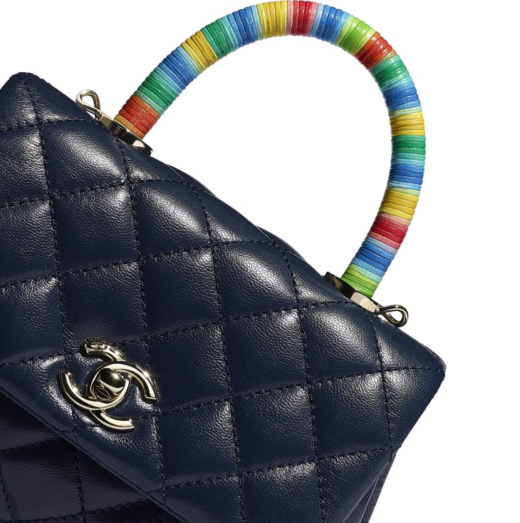 image 4 - Mini Flap Bag with Top Handle - Couro De Cabra & Metal Dourado - Azul Marinho