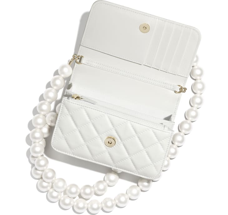 image 2 - Mini Wallet on Chain - Calfskin, Imitation Pearls & Gold-Tone Metal - White