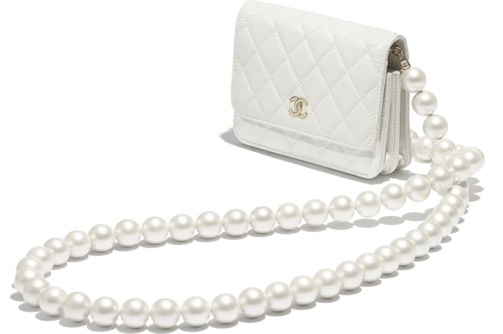 image 3 - Mini Wallet on Chain - Calfskin, Imitation Pearls & Gold-Tone Metal - White