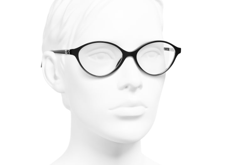 Oval Eyeglasses