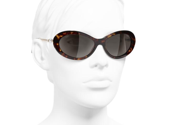 image 6 - Óculos De Sol Ovais - Acetato & Pérolas Esmaltadas - Tartaruga Escura