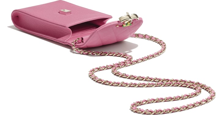 image 3 - Phone Holder with Chain - Grained Calfskin & Gold-Tone Metal - Pink