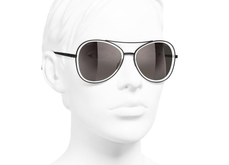image 6 - Pilot Sunglasses - Metal - Black