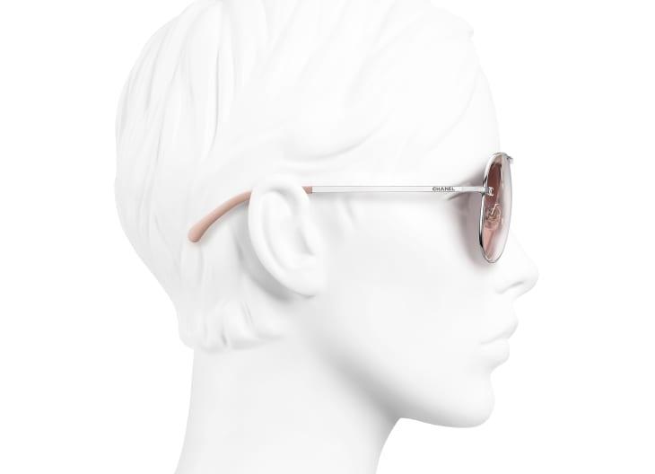 image 7 - Pilot Sunglasses - Titanium & Calfskin - Silver & Light Pink