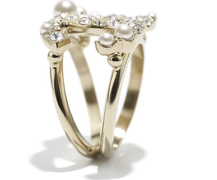 image 2 - Ring - Metal, Glass Pearls & Diamantés - Gold, Pearly White & Crystal