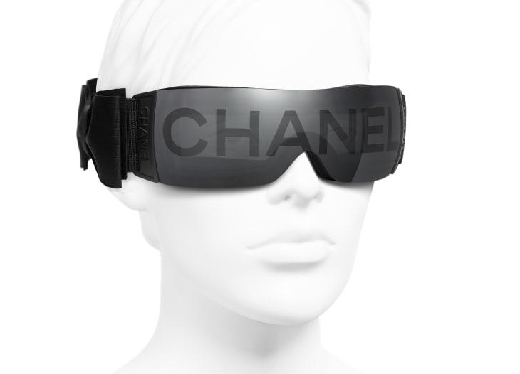 image 6 - Shield Sunglasses - Nylon - Black
