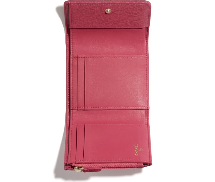 image 3 - Small Flap Wallet - Grained Calfskin & Gold-Tone Metal - Pink