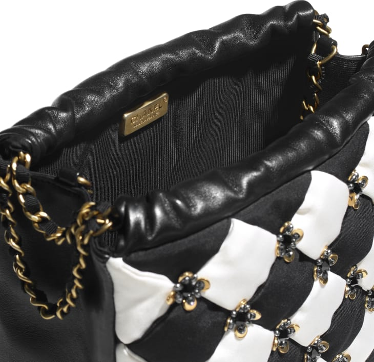image 3 - スモール ショッピング バッグ - シルク、ラムスキン、コスチューム パール & スパンコール - ブラック & ホワイト