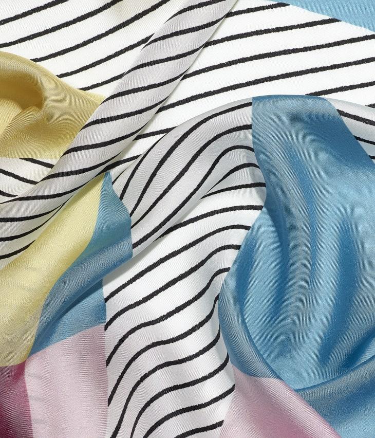 image 1 - スカーフ - シルク ツイル - イエロー、ブルー & ピンク