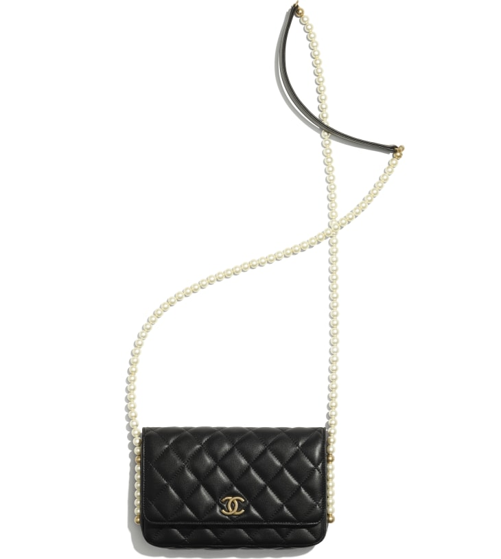 image 3 - Wallet on Chain - Calfskin, Imitation Pearls & Gold-Tone Metal - Black