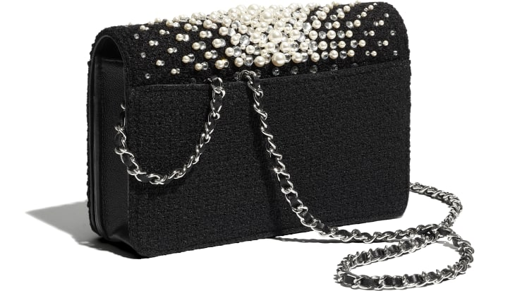 image 4 - Wallet on Chain - Embroidered Tweed, Crystal Pearls, Strass & Silver-Tone Metal - Black