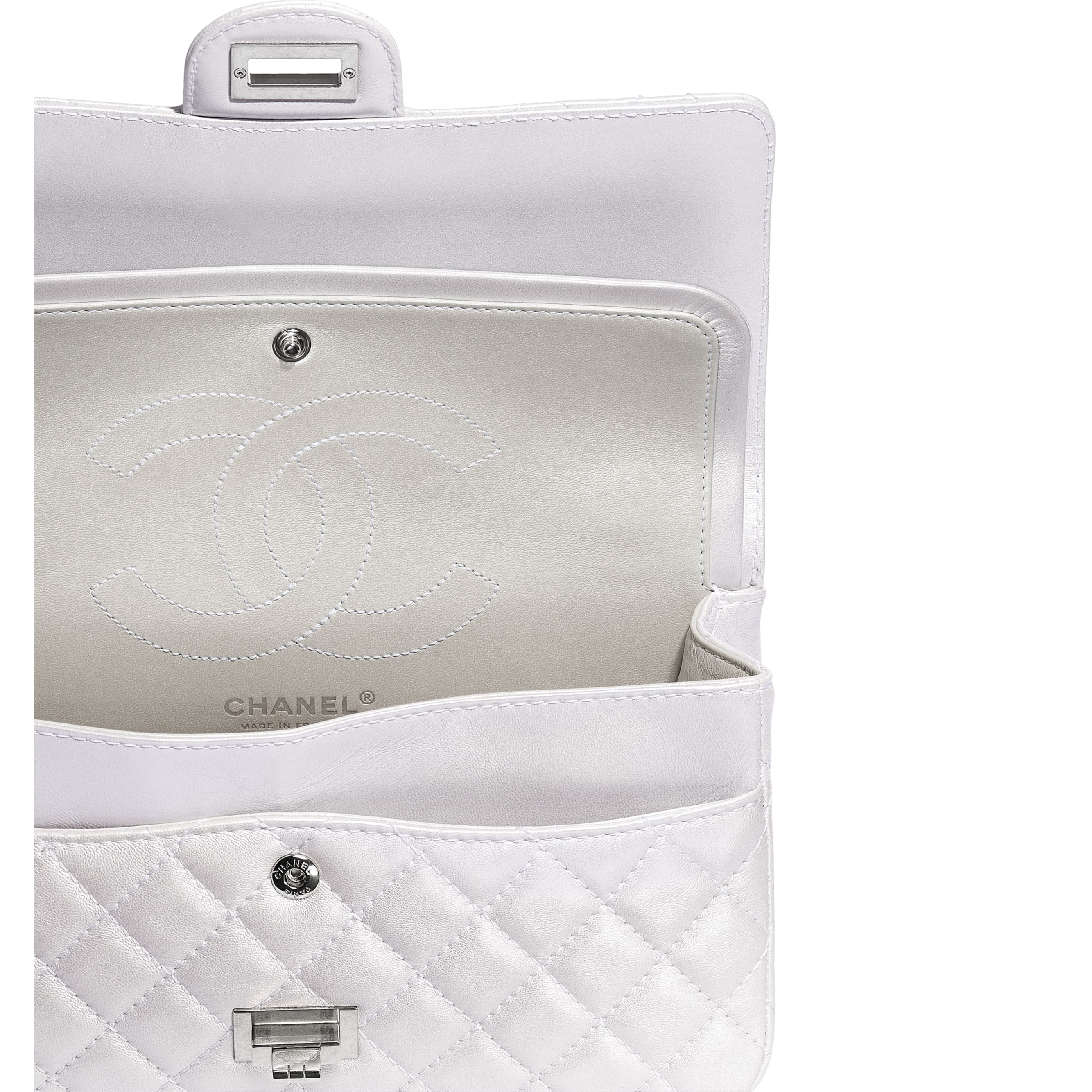 2.55 Handbag - White - Iridescent Lambskin & Silver-Tone Metal - CHANEL - Extra view - see standard sized version