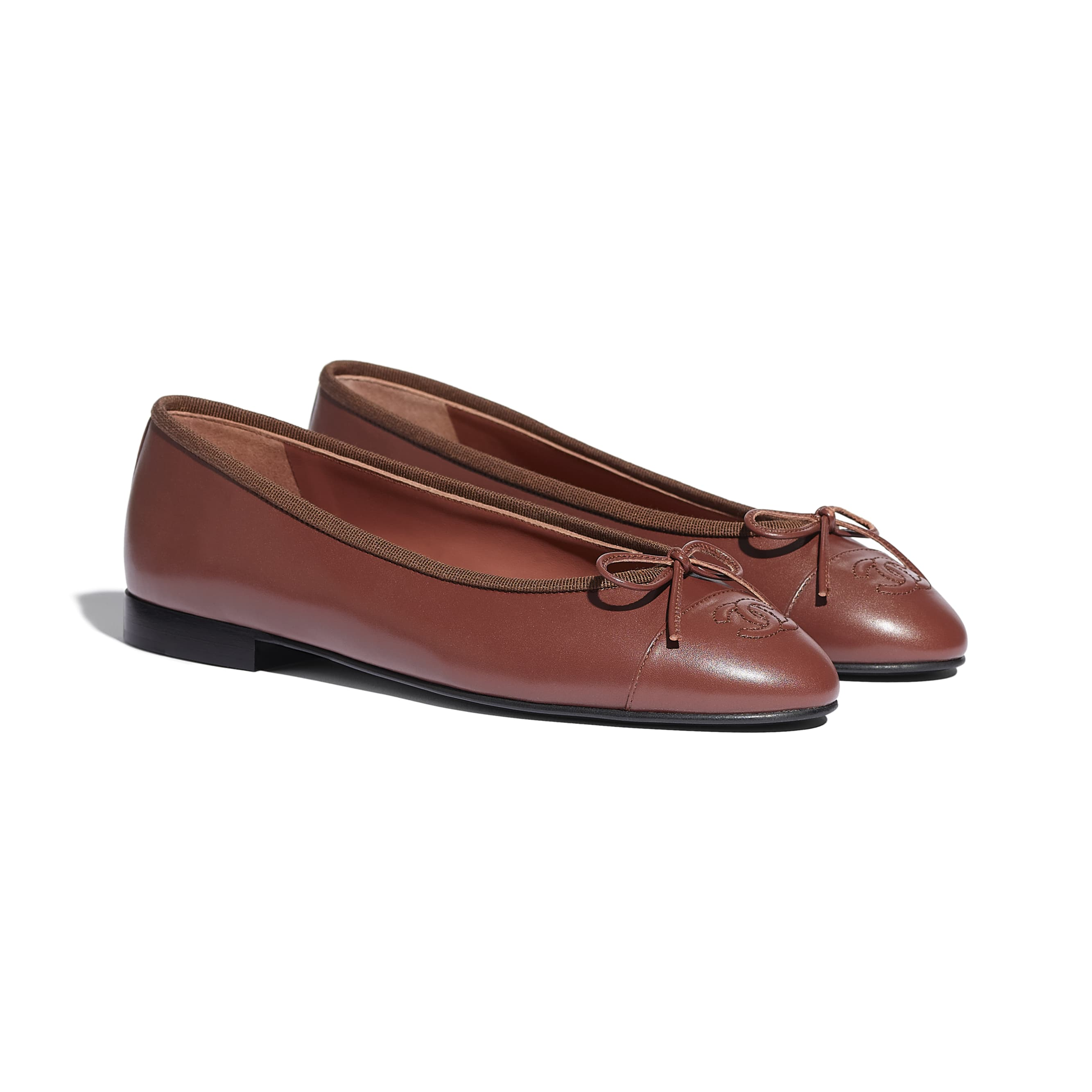 Flats - Brown - Calfskin - CHANEL - Alternative view - see standard sized version