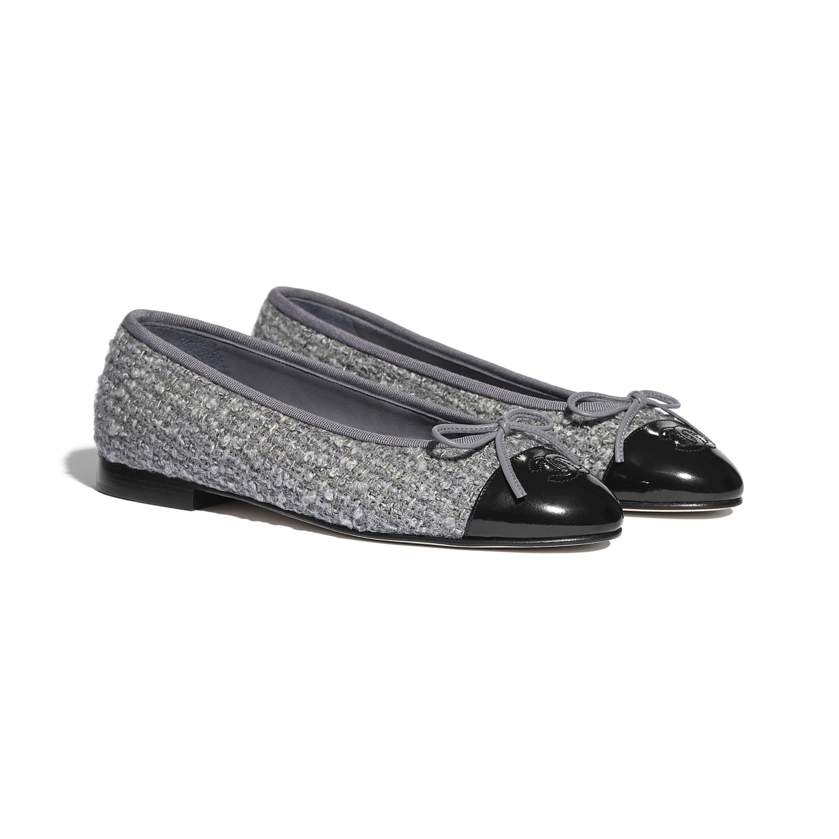 Ballerinas - Gray & Black - Tweed & Calfskin - CHANEL - Alternative view - see standard sized version