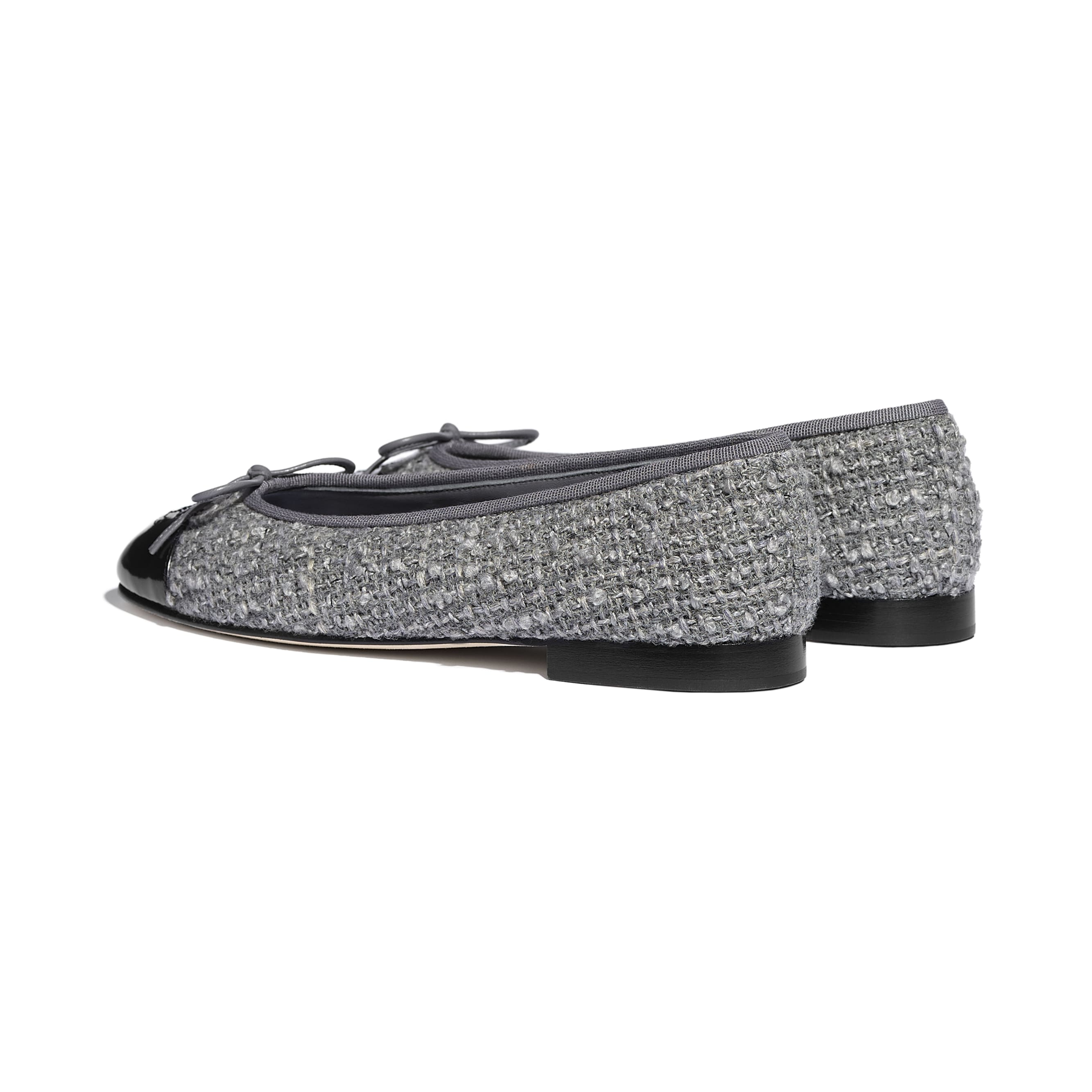 Ballerinas - Gray & Black - Tweed & Calfskin - CHANEL - Other view - see standard sized version