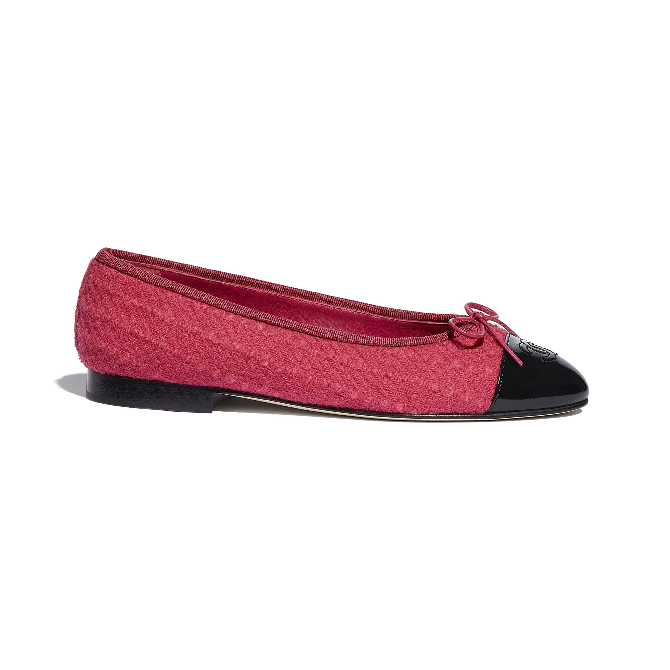 Flats - Pink & Black - Tweed & Calfskin - CHANEL - Default view - see standard sized version