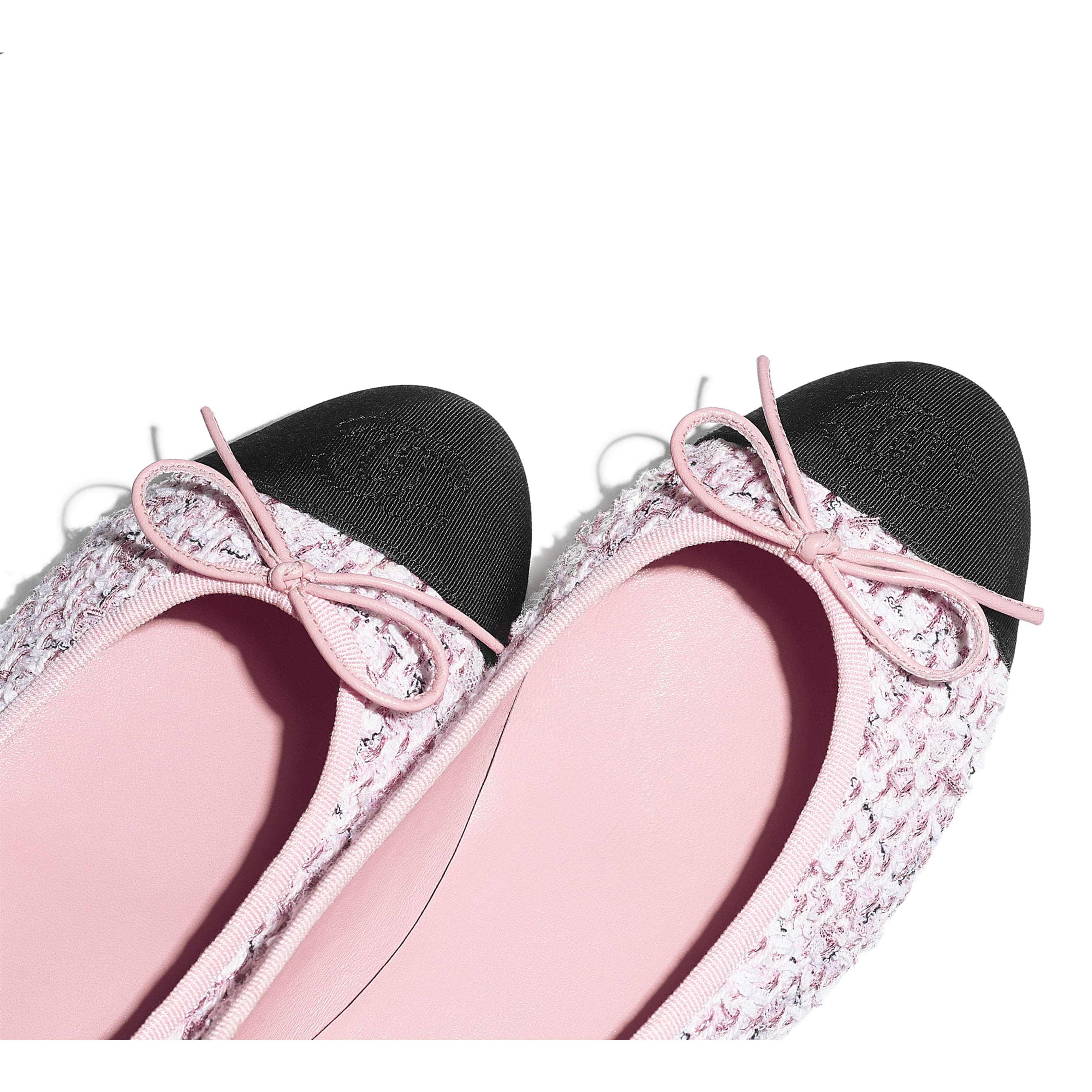 Flats - Pink & Black - Tweed & Grosgrain - CHANEL - Extra view - see standard sized version