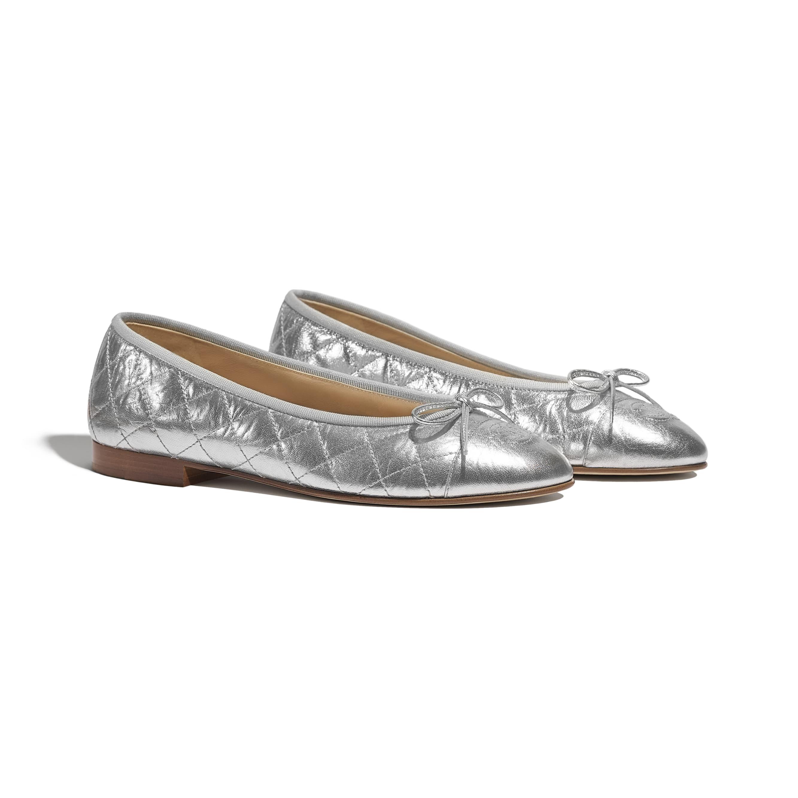 Ballerinas - Silver - Laminated Lambskin - CHANEL - Alternative view - see standard sized version