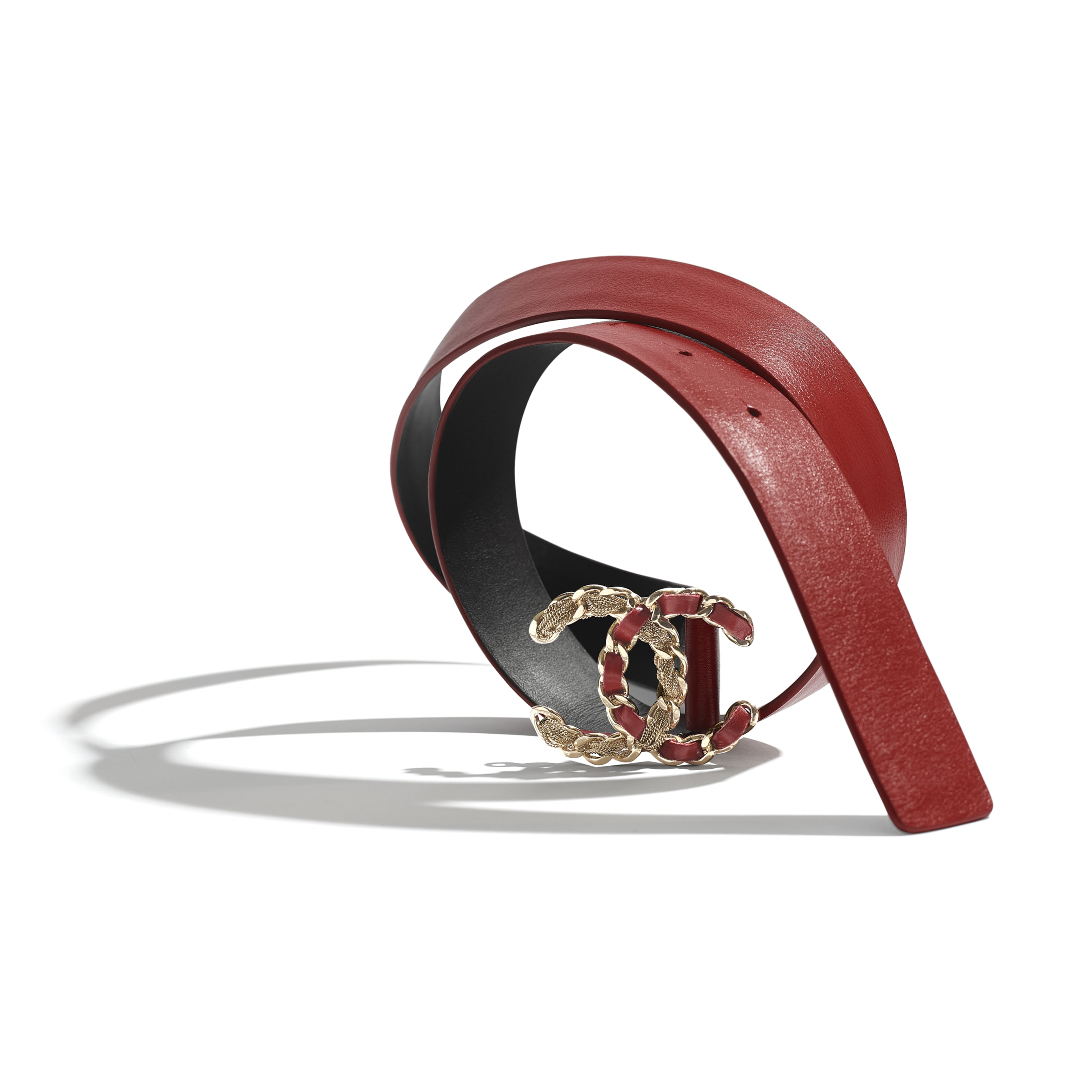 Belt - Red - Calfskin & Gold-Tone Metal - CHANEL - Alternative view - see standard sized version