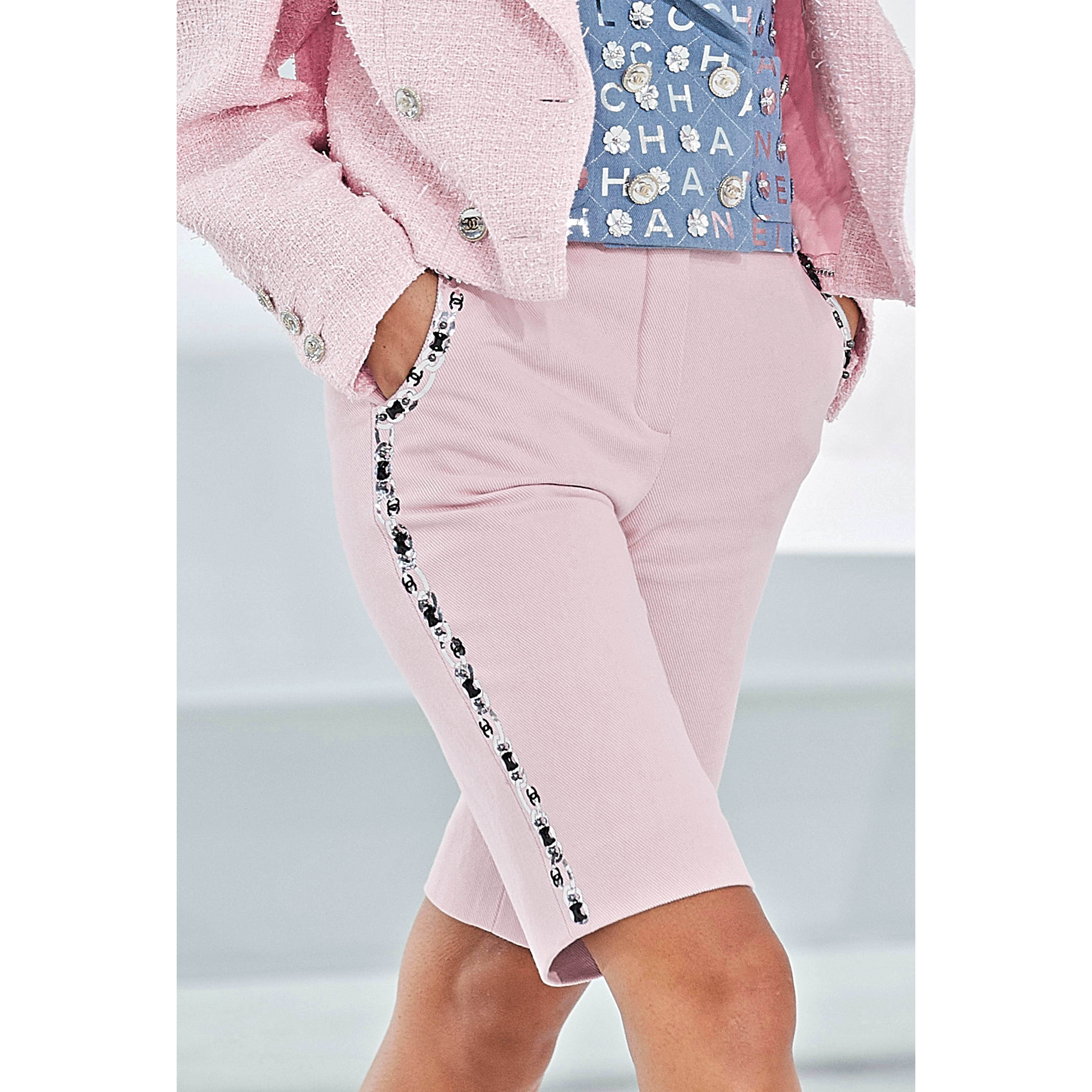 Bermuda Shorts - Light Pink - Embroidered Cotton Drill - CHANEL - Alternative view - see standard sized version
