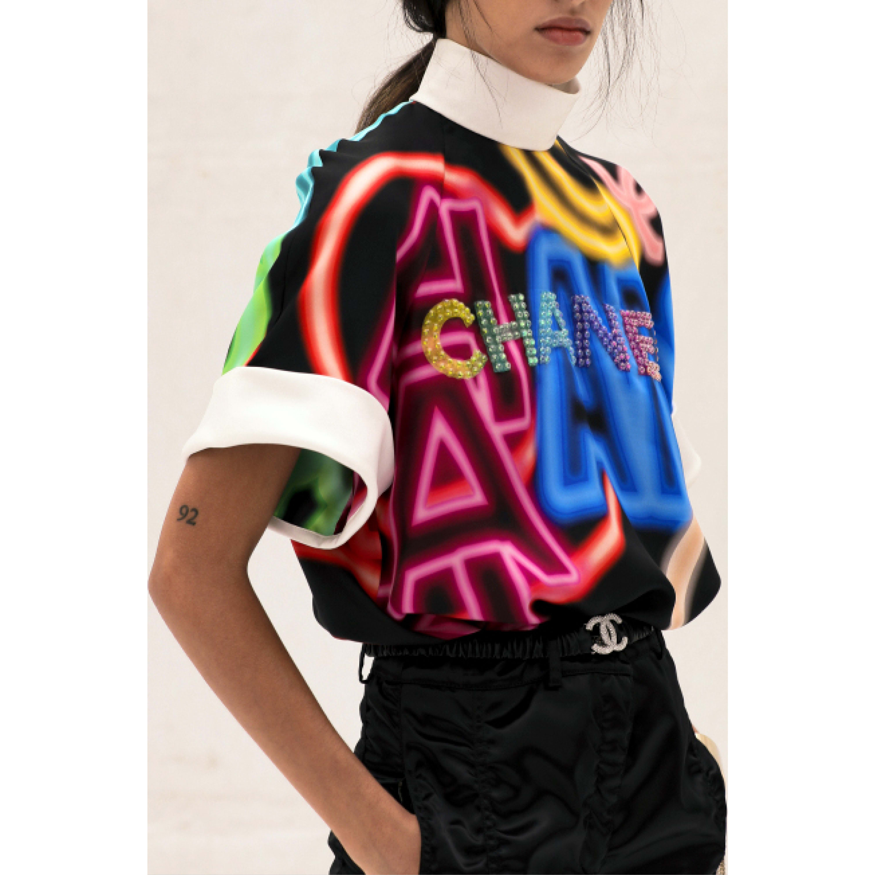 Blouse - Black & Multicolor - Embroidered printed silk - CHANEL - Alternative view - see standard sized version