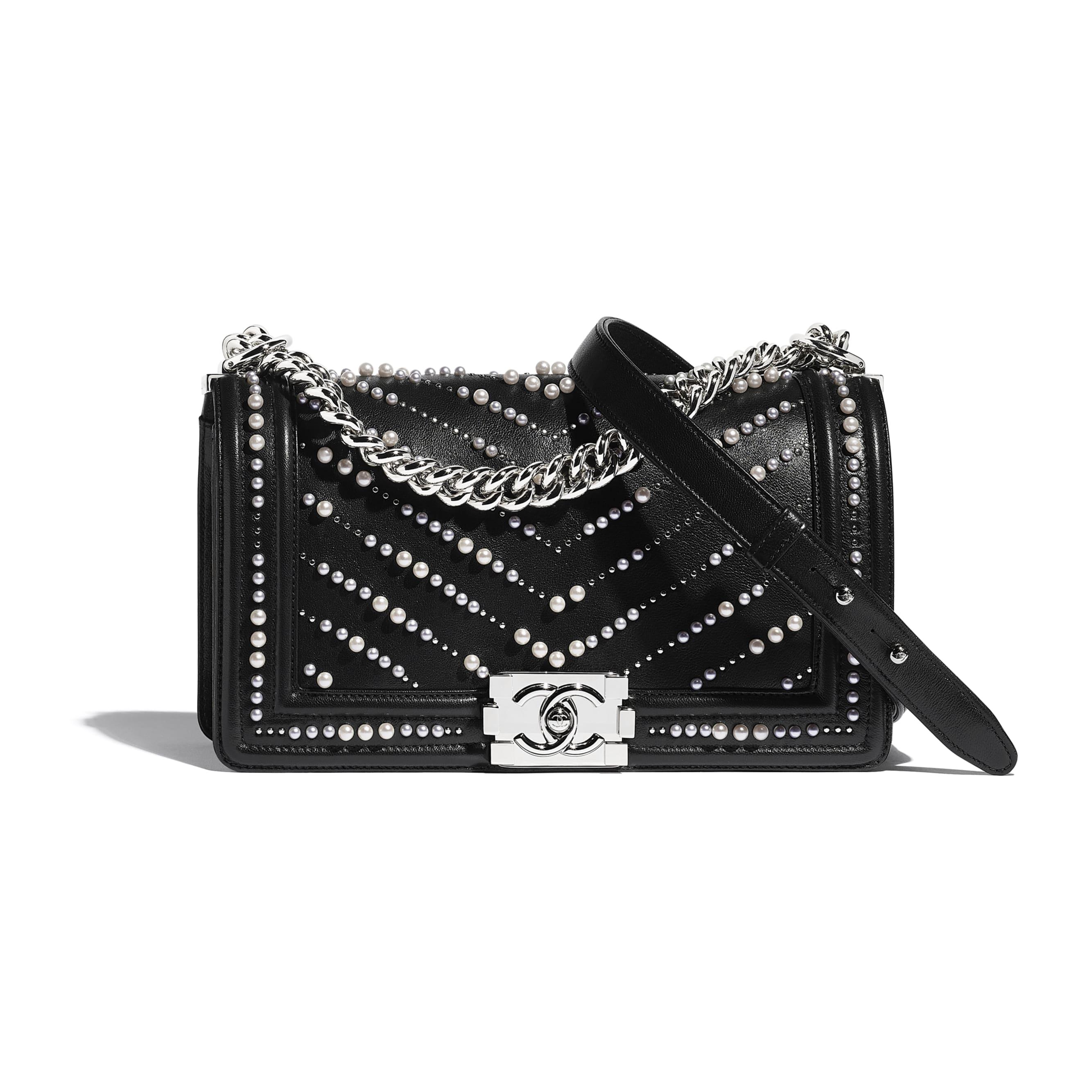 BOY CHANEL手袋 - 黑色 - 小牛皮、仿珍珠及銀色金屬 - CHANEL - 預設視圖 - 查看標準尺寸版本