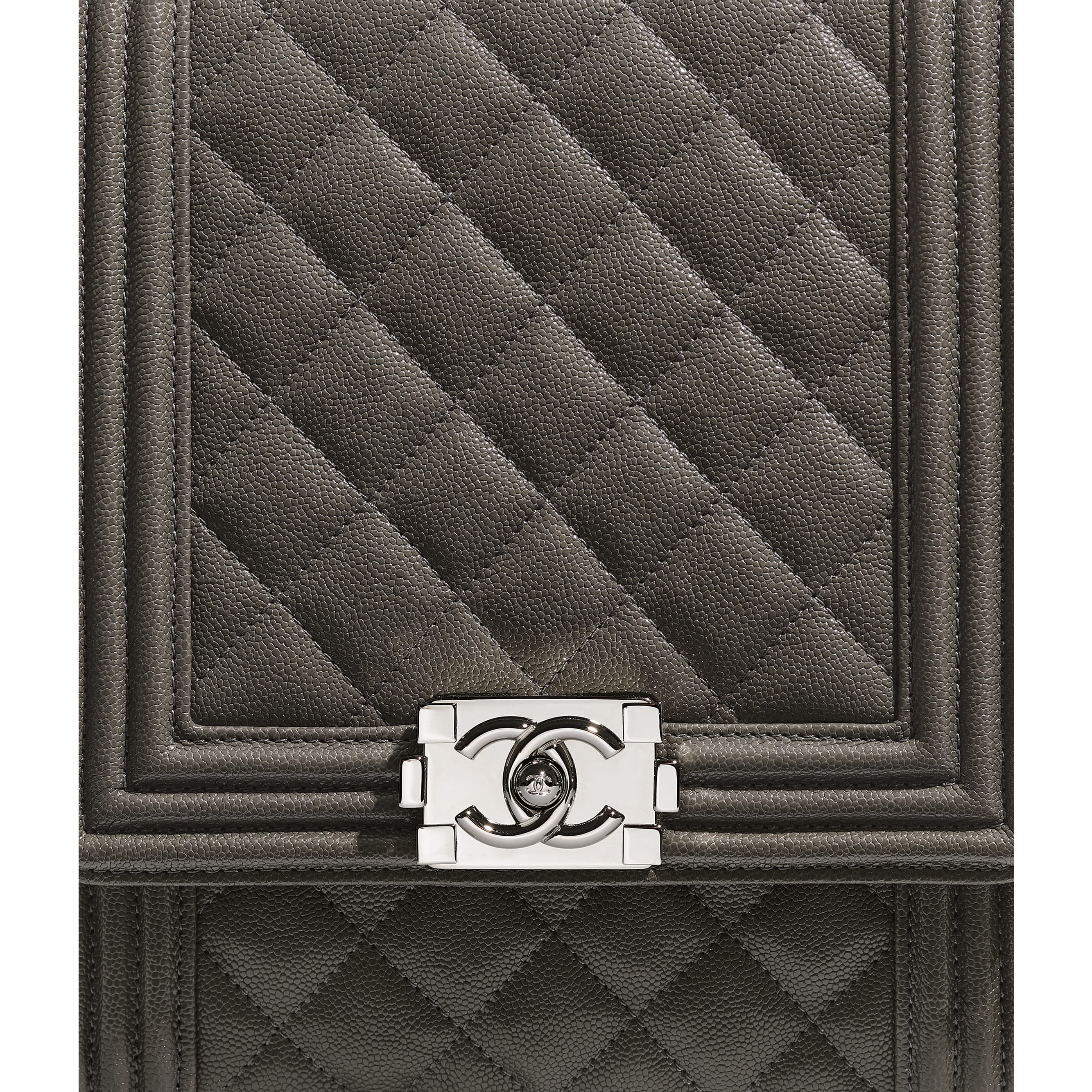 BOY CHANEL Handbag - Grey - Grained Calfskin & Silver Metal - Extra view - see standard sized version