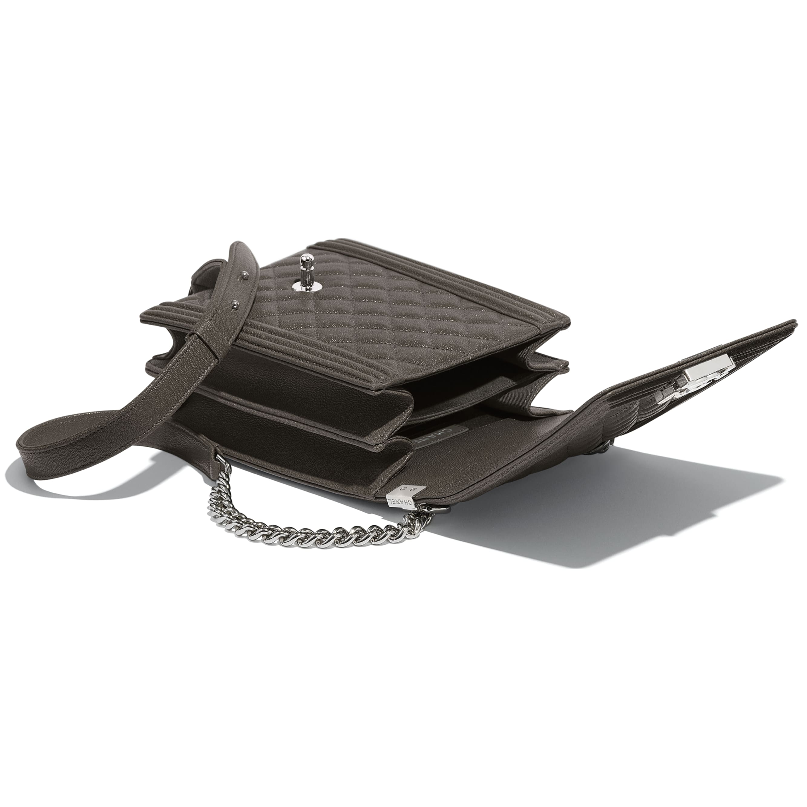 BOY CHANEL Handbag - Grey - Grained Calfskin & Silver Metal - Other view - see standard sized version