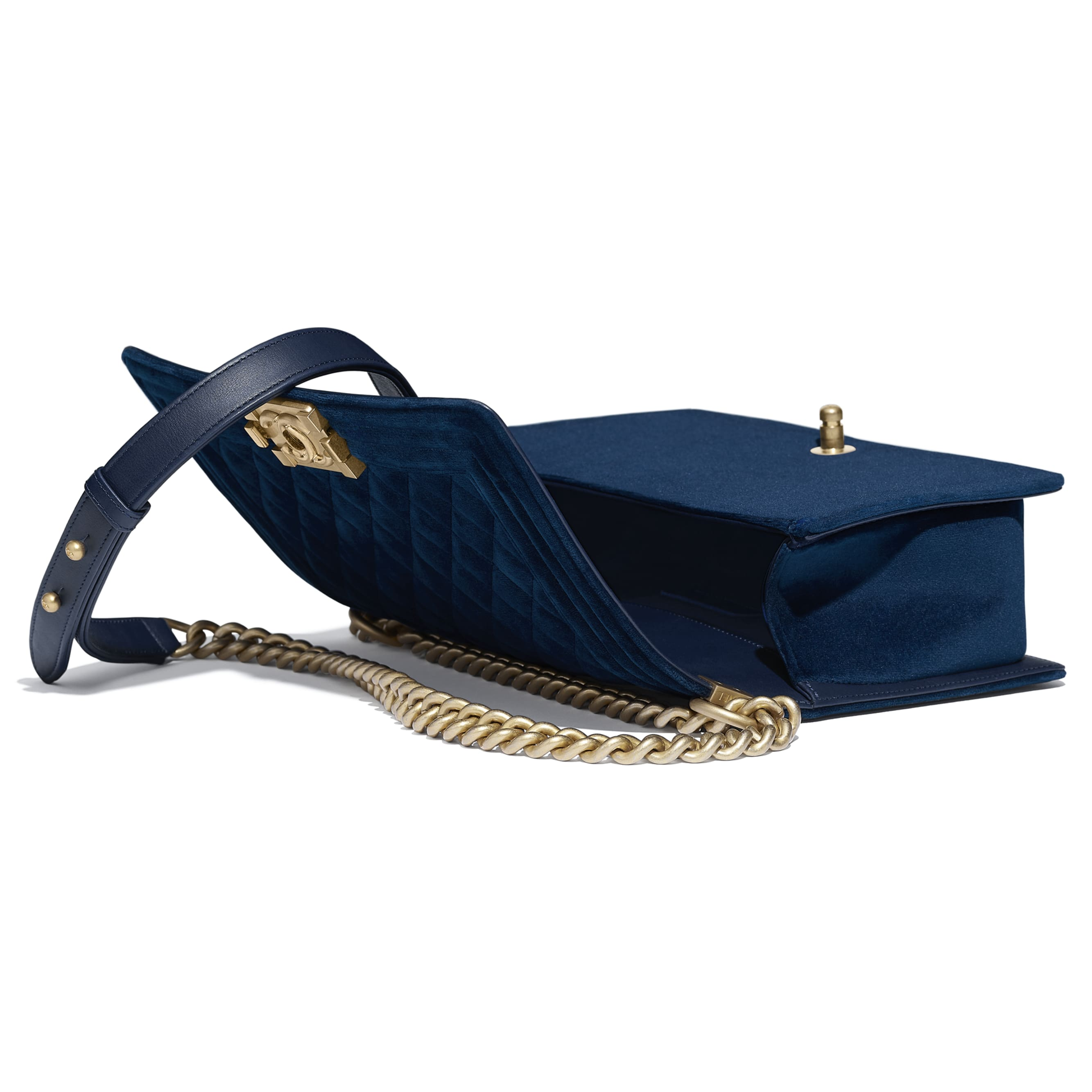 BOY CHANEL Handbag - Navy Blue - Velvet & Gold Metal - Other view - see standard sized version