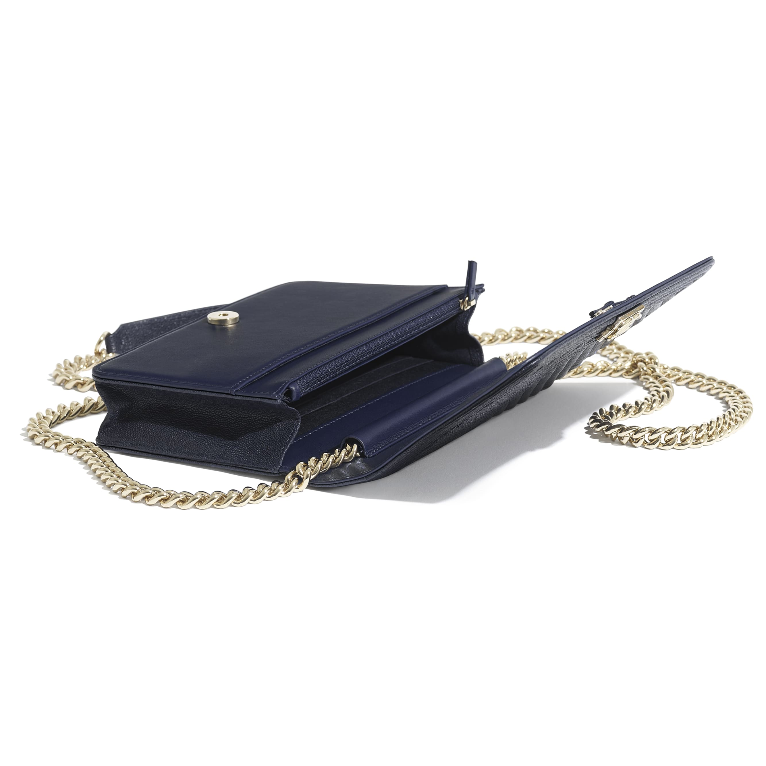 BOY CHANEL Wallet On Chain - Navy Blue - Grained Calfskin & Gold-Tone Metal - Extra view - see standard sized version