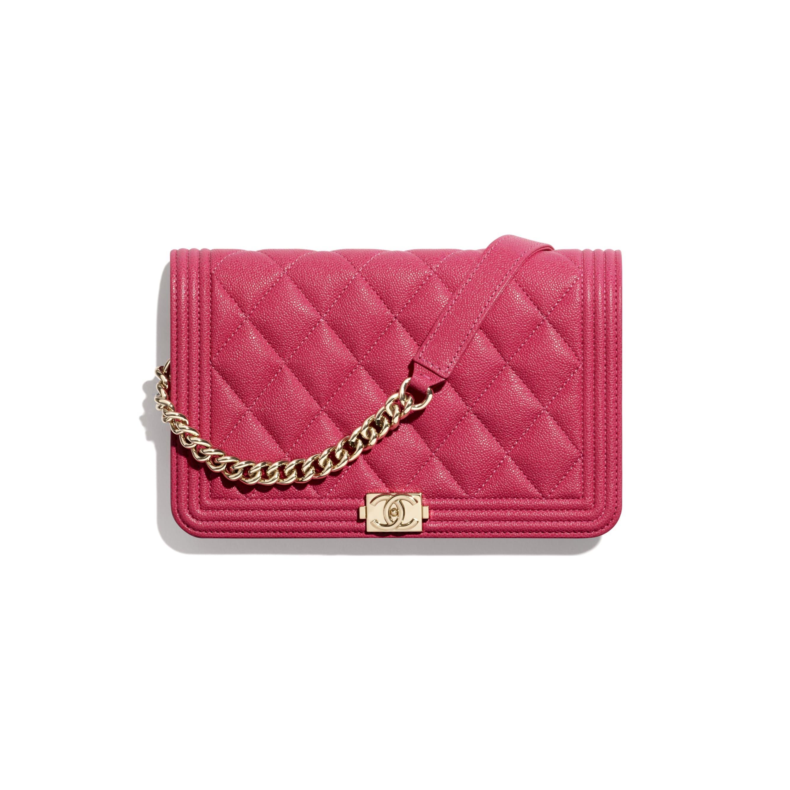 Wallet on chain BOY CHANEL - Rose - Veau grainé & métal doré - CHANEL - Vue par défaut - voir la version taille standard