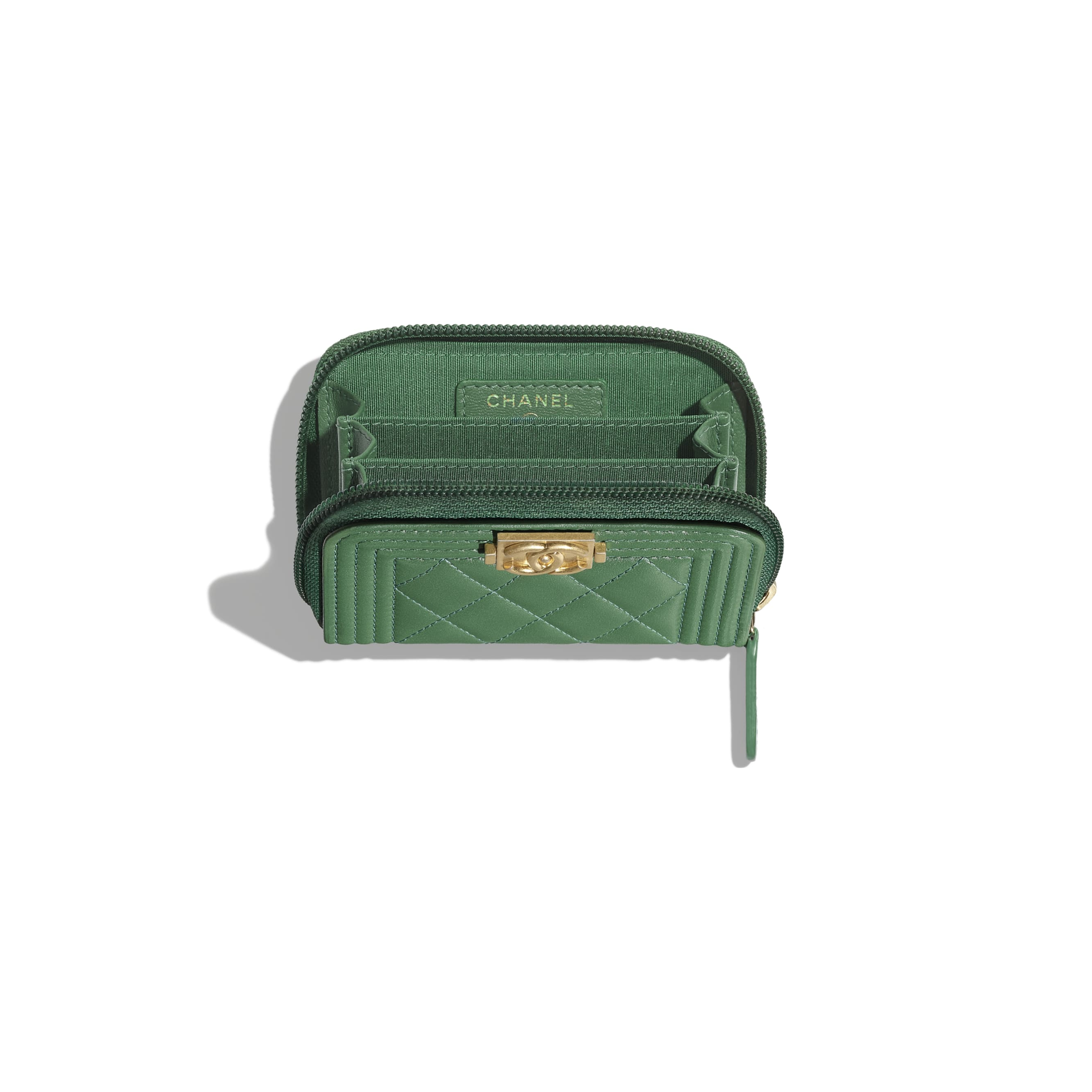 BOY CHANEL Zipped Coin Purse - Green - Lambskin - Other view - see standard sized version