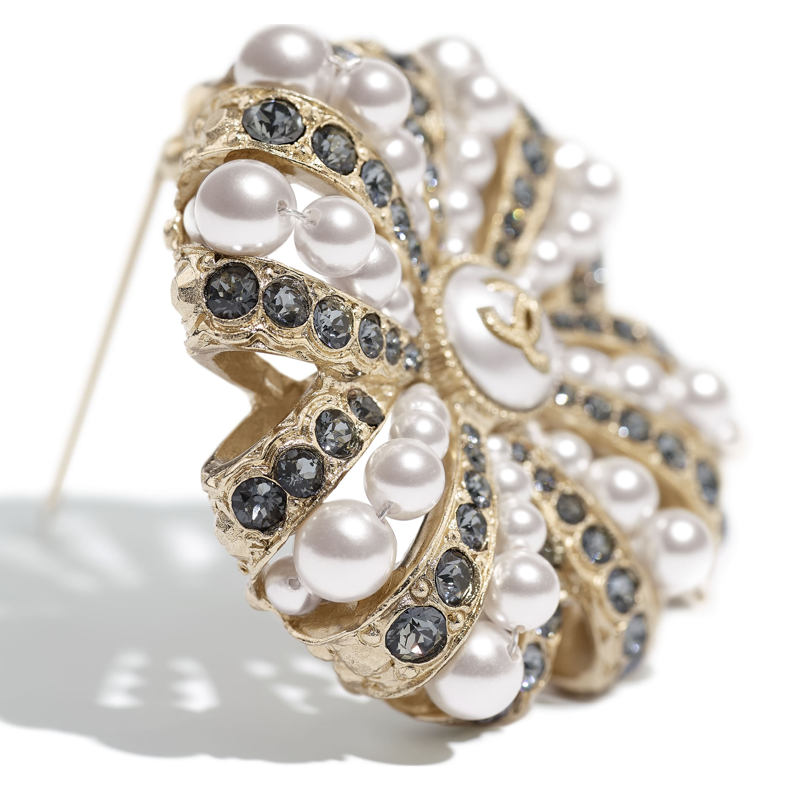 Brooch - Gold, Pearly White & Crystal - Metal, Glass Pearls, Imitation Pearls & Strass - CHANEL - Alternative view - see standard sized version