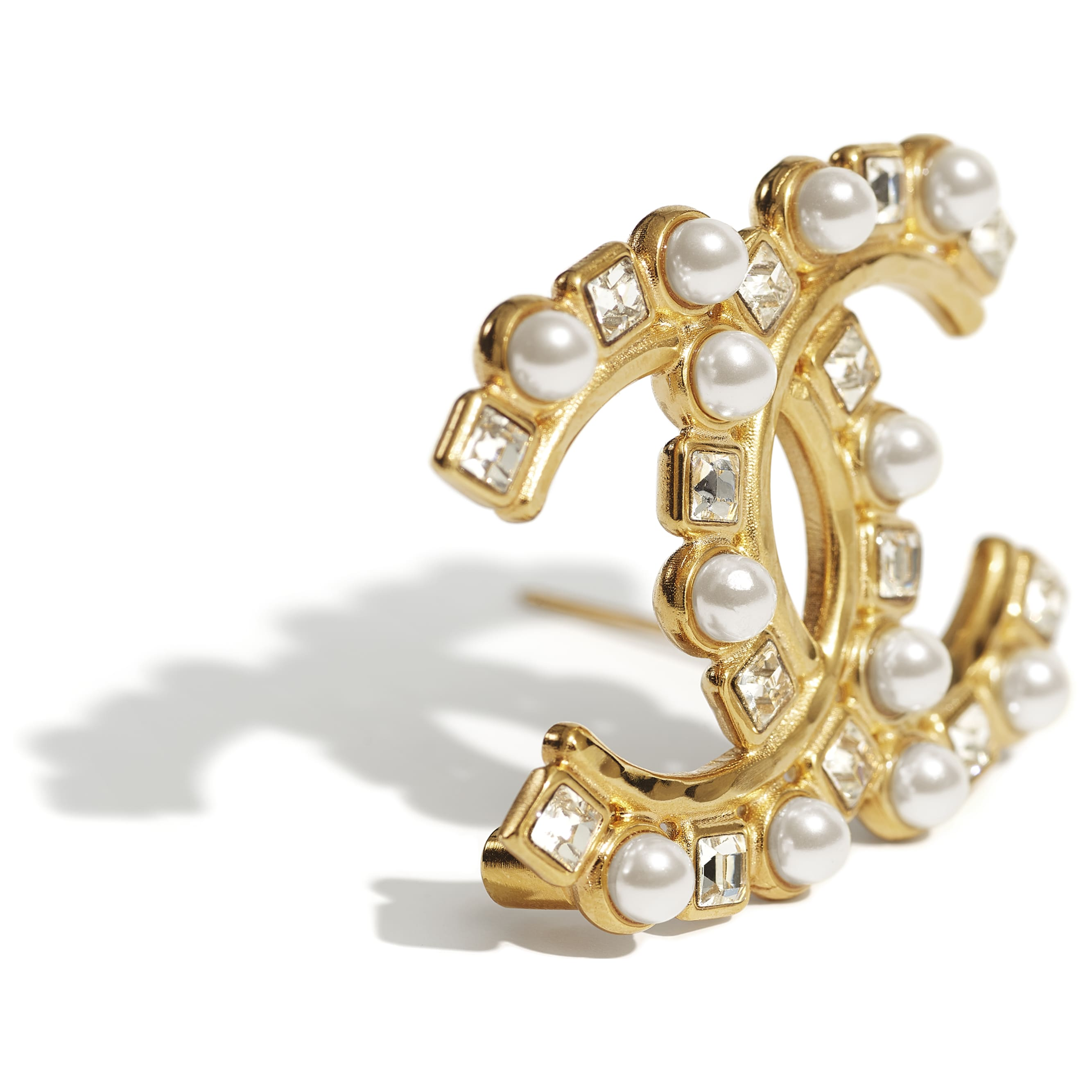 Brooch - Gold, Pearly White & Crystal - Metal, Glass Pearls & Diamantés - CHANEL - Alternative view - see standard sized version