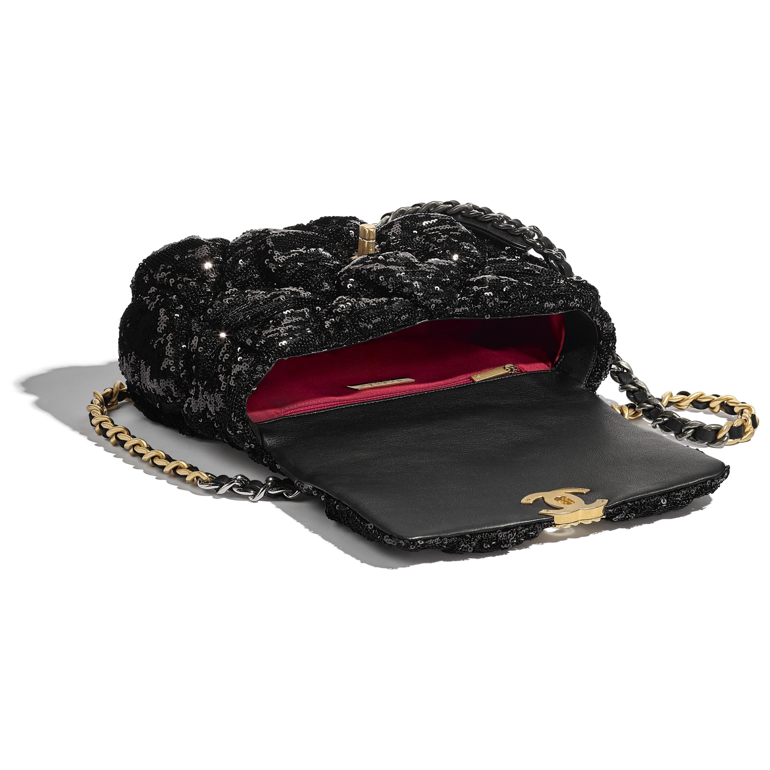 Bolsa CHANEL 19 - Black - Sequins, Gold-Tone, Siver-Tone & Ruthenium-Finish Metal - CHANEL - Outra vista - ver a versão em tamanho standard