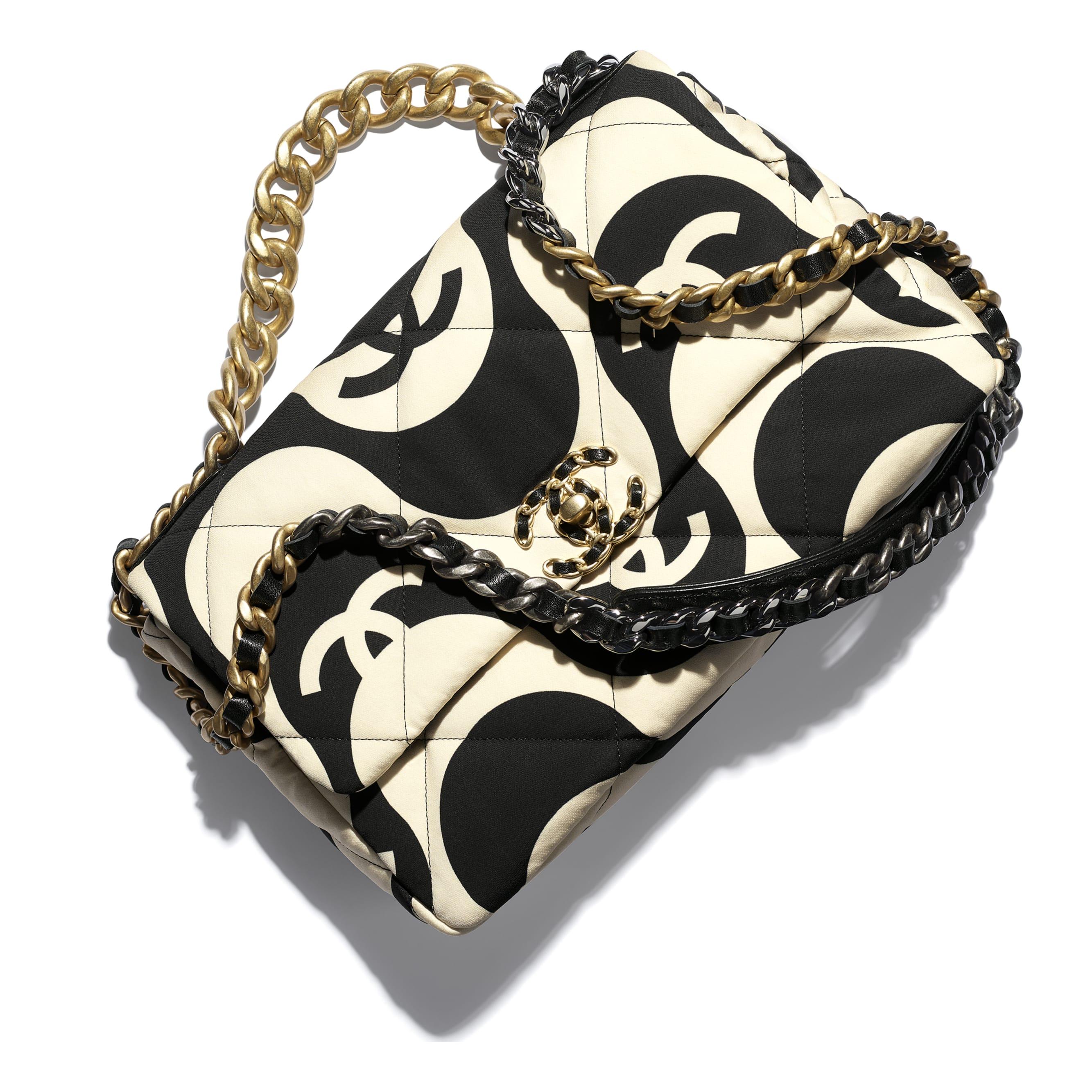 Grand sac à rabat CHANEL 19 - Noir & écru - Tissu imprimé, métal doré, argenté & finition ruthénium - CHANEL - Vue supplémentaire - voir la version taille standard