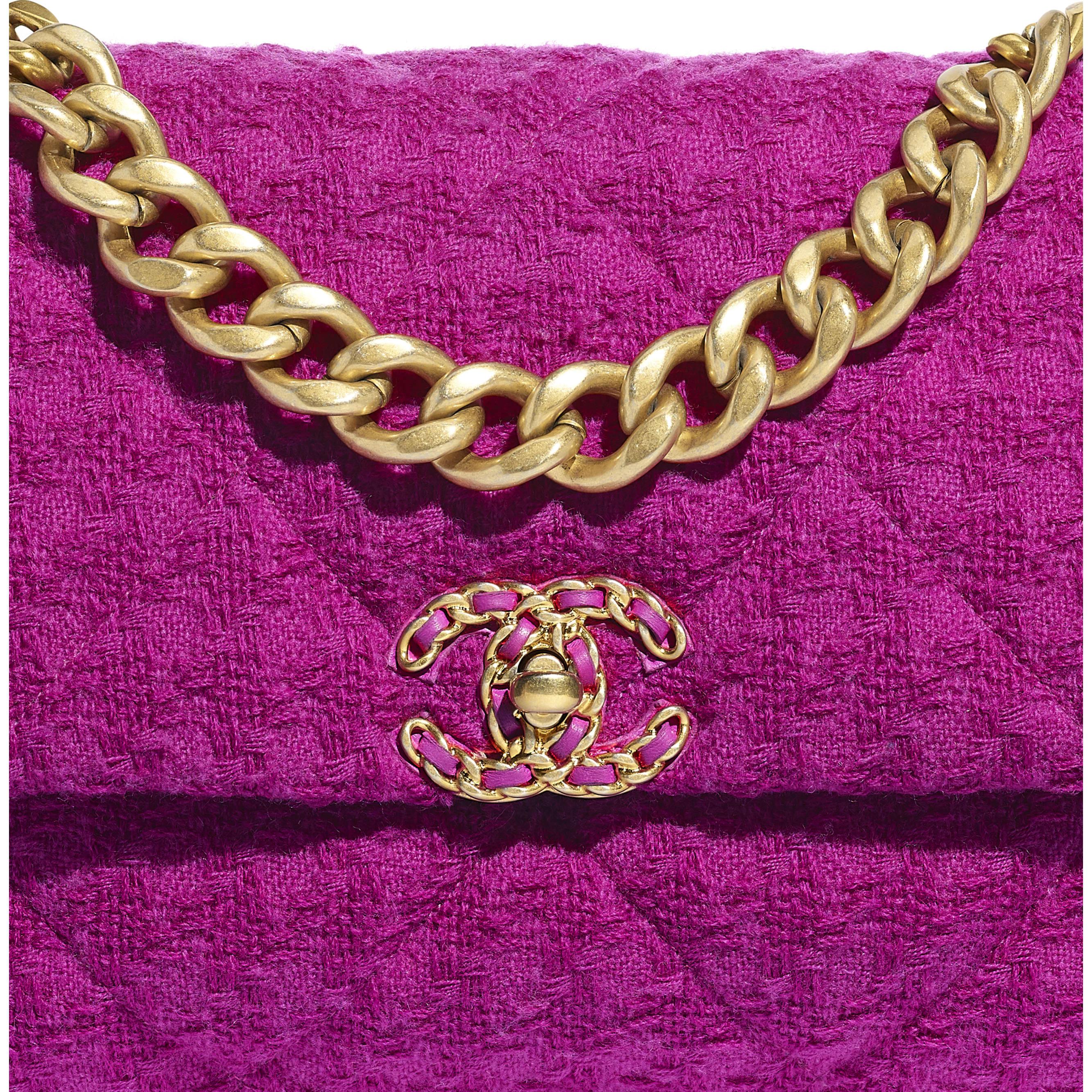 Duża torba CHANEL 19 z klapką - Kolor fuksji - Tweed wełniany, metal z rutenowym wykończeniem w tonacji złotej i srebrnej - Dodatkowy widok – zobacz w standardowym rozmiarze
