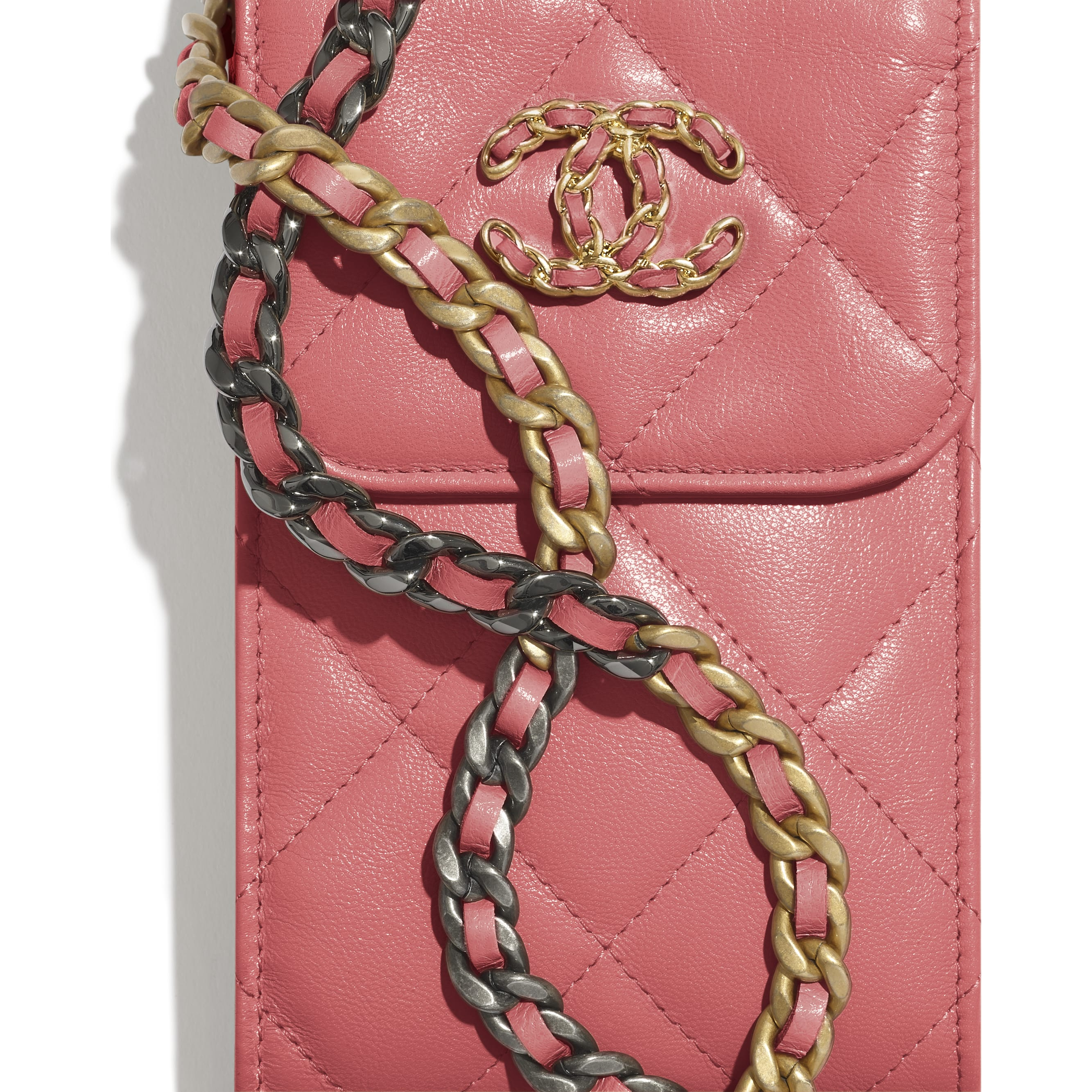CHANEL 19 Phone Holder with Chain - Coral - Lambskin, Gold-Tone, Silver-Tone & Ruthenium-Finish Metal - CHANEL - Extra view - see standard sized version