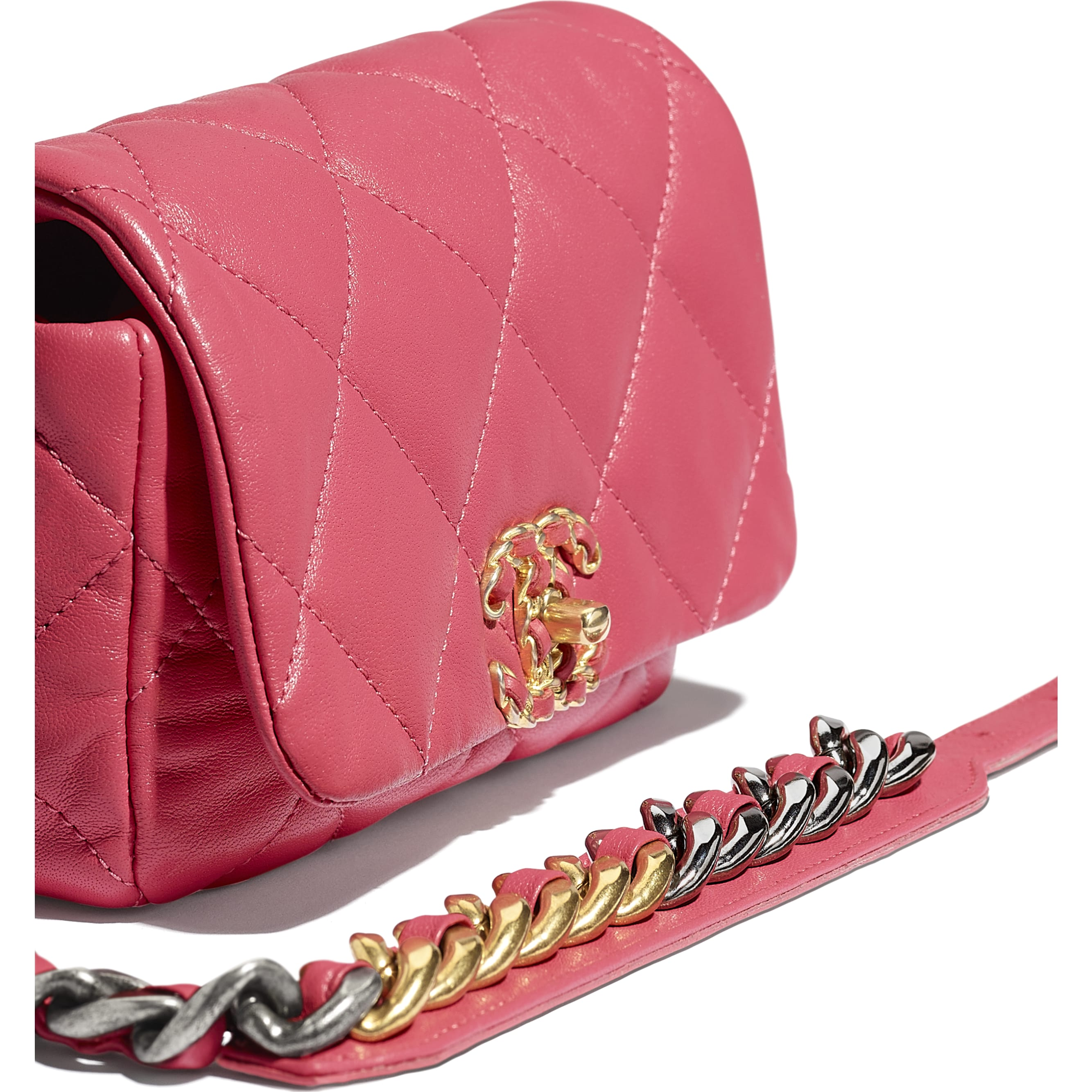 CHANEL 19 Waist Bag - Pink - Lambskin, Gold-Tone, Silver-Tone & Ruthenium-Finish Metal - CHANEL - Extra view - see standard sized version