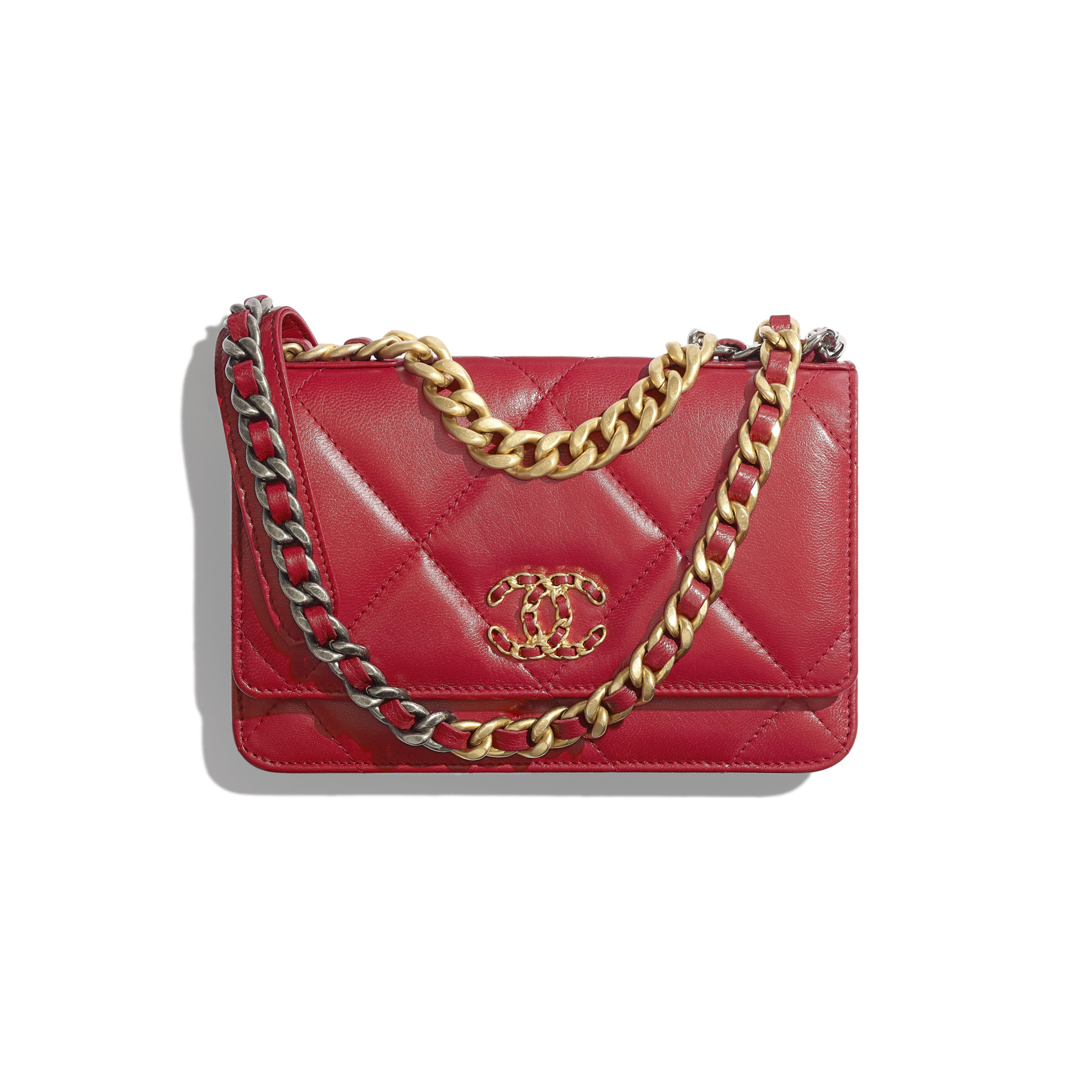 CHANEL 19 Wallet on Chain - Red - Shiny Goatskin, Gold-Tone, Silver-Tone & Ruthenium-Finish Metal - Default view - see standard sized version