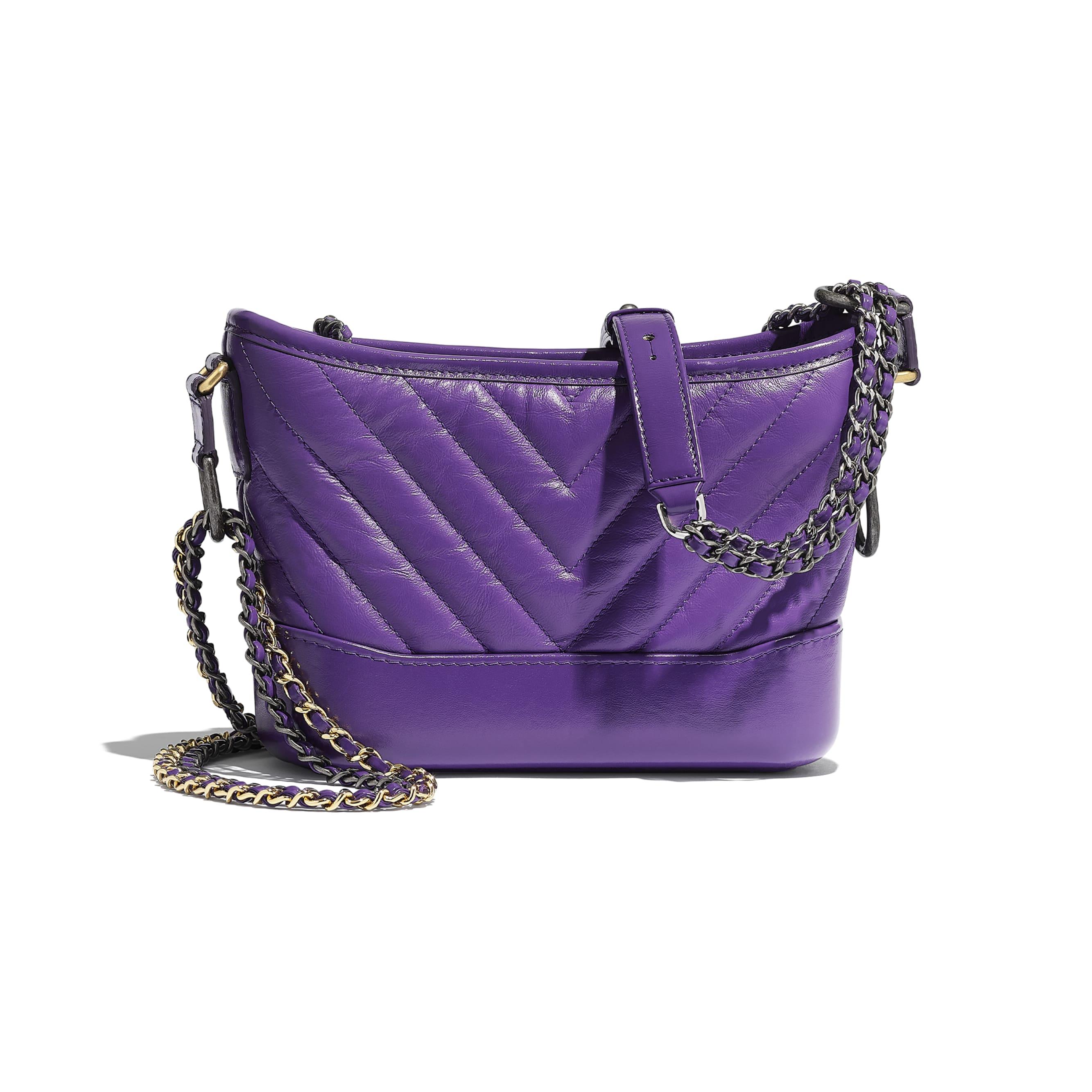 Mała torebka hobo GABRIELLE CHANEL - Kolor fioletowy - Postarzana skóra cielęca, gładka skóra cielęca i metal w tonacji złotej i srebrnej - Widok alternatywny – zobacz w standardowym rozmiarze